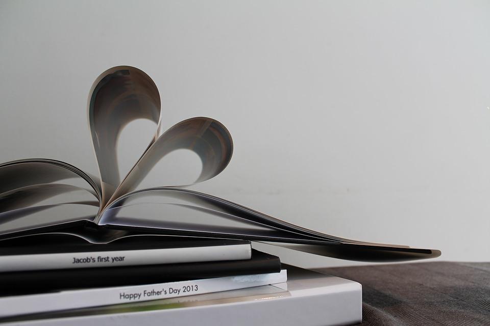 ספר בצורת לב